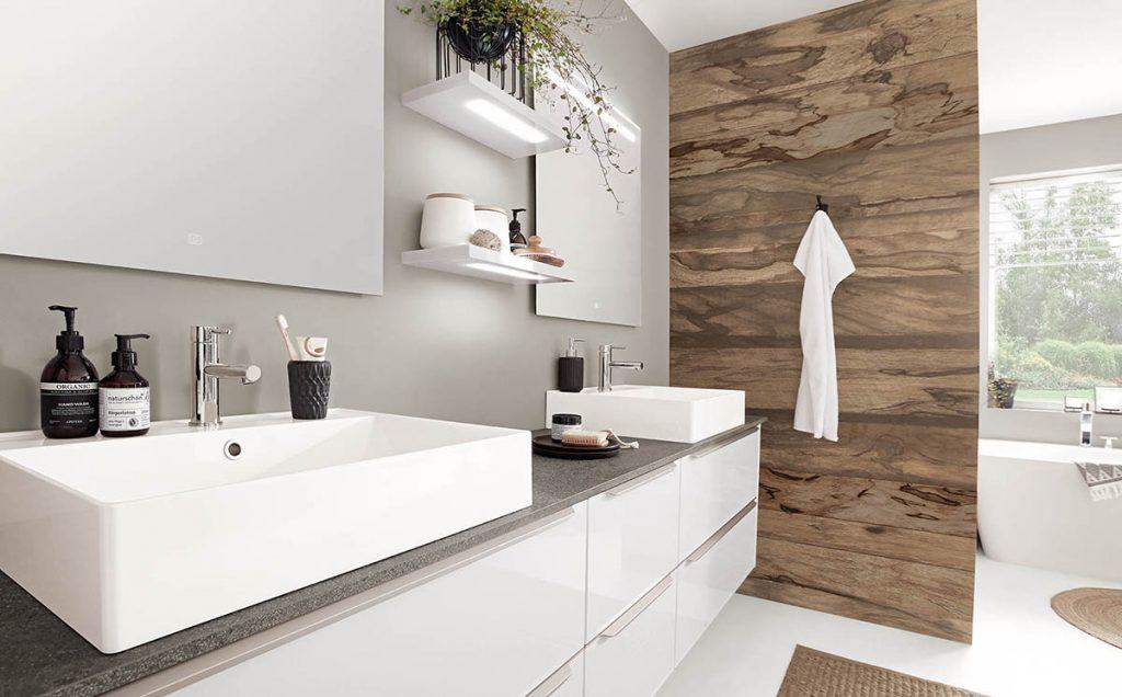 salle-de-bain-rangement-placards